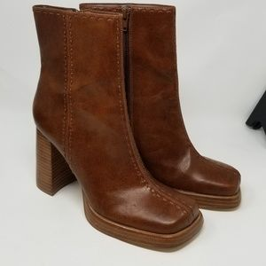 Bakers women's leather Mystic boots